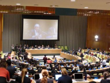 NPT会議での核兵器禁止条約を求める声が各紙に取り上げられました
