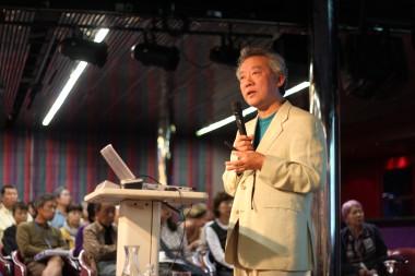 【interview】難民を受け入れることが真の「積極的平和主義」ー国際政治学者・高橋和夫さんに聞く(2)