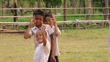 地雷除去と学校建設を支援したコーケー村の小学生からメッセージをいただきました