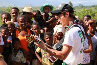 マダガスカル・貧困から抜け出すための教育支援(エホアラ)