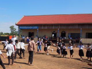 「カンボジアから地雷をなくそう100円キャンペーン」小学校周辺の地雷除去が終了しました